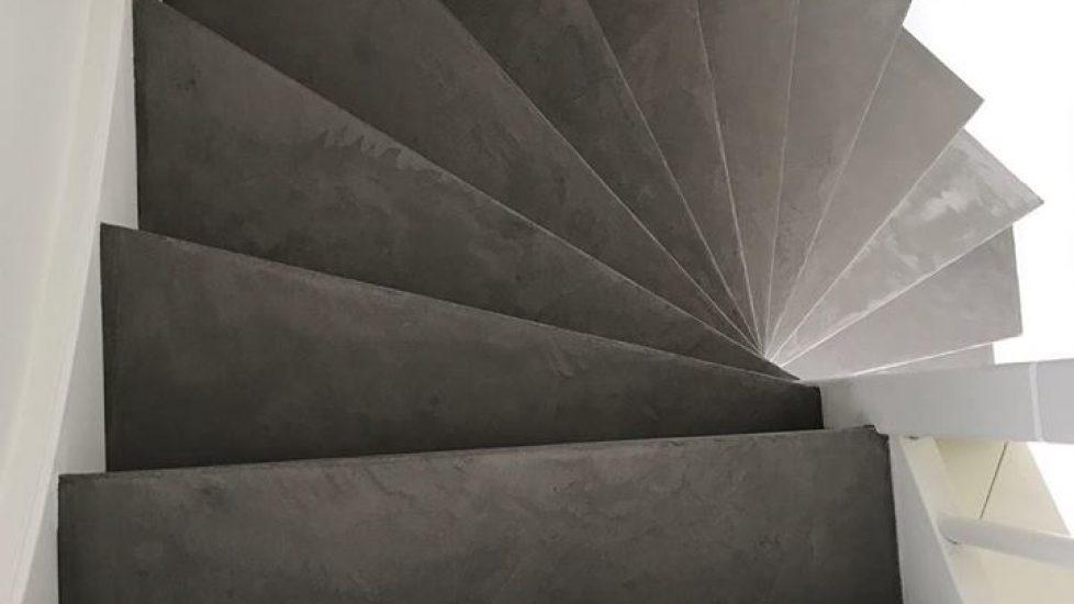 kunstman stukadoor traprenovatie beton cire